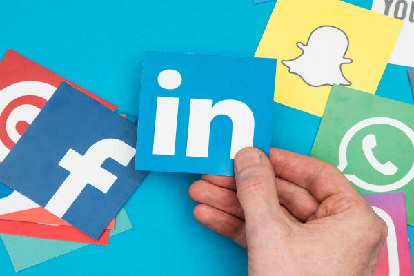 Method That Social Media is Influencing Us Positively